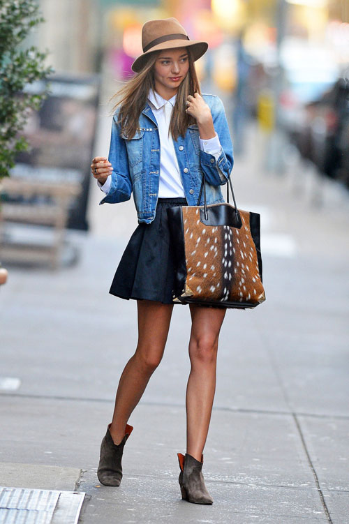 Stunning+supermodel+Miranda+Kerr+seen+stepping+1EjsH5k-zVux