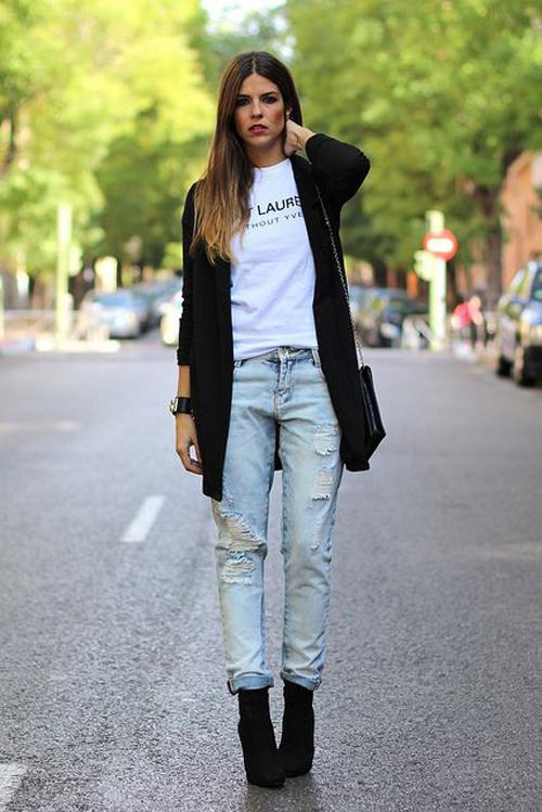 americana negra con jeans