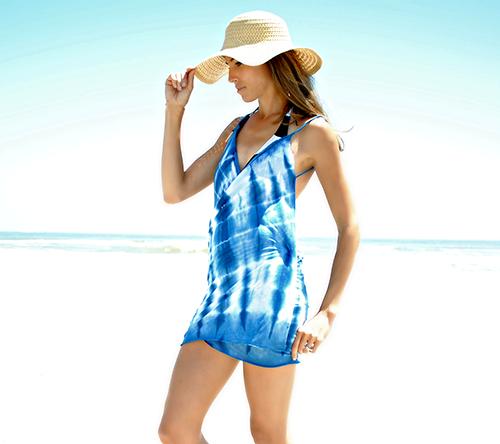 vestido playa con pamela