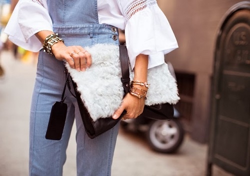 Furry-friend-clutch-Little-Liffner-street-style-furry-bag-faux-fur (1)