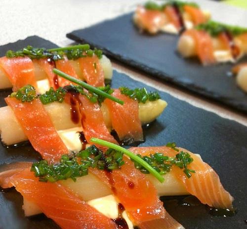 esparragos-con-salmon-ahumado