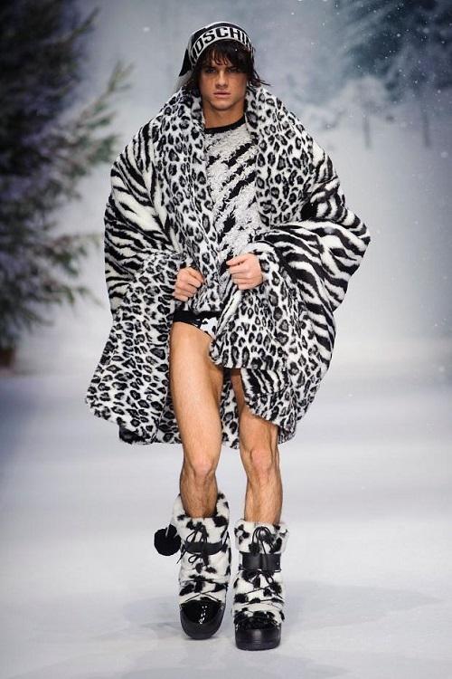 Moschino colección Otoño/Invierno 2015, solo para hombres atrevidos