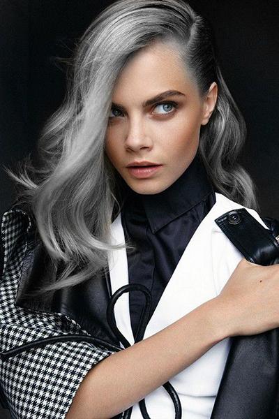 cara delevigne pelo gris tinte plateado granny hair tendencia cabello