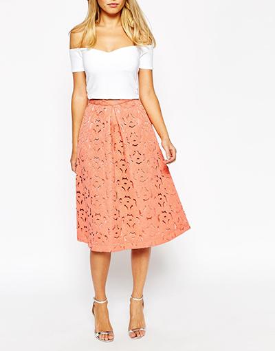 falda diseño calado tendencia verano troquelado