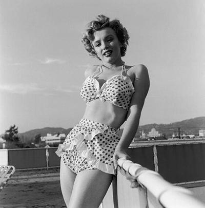 marilyn monroe bikini años 50 retro moda baño tendencia