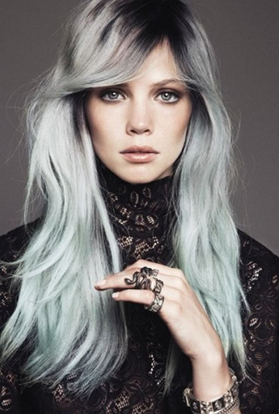 pleo gris raices oscuras tendencias cabello tinte plateado granny hair