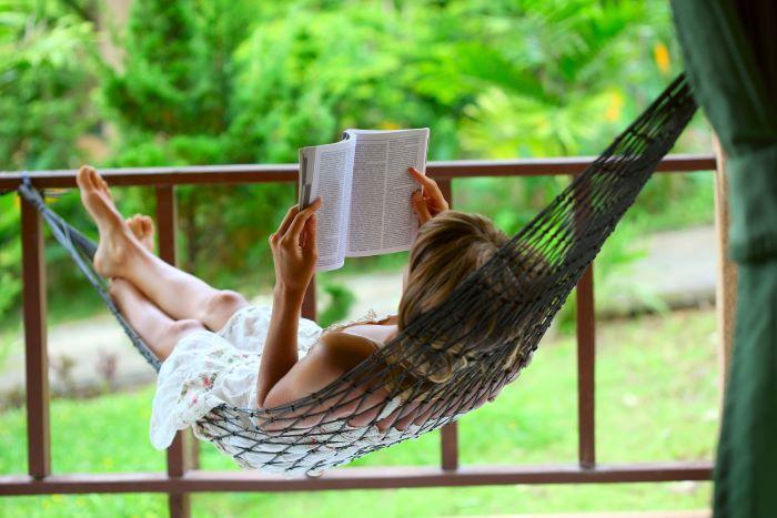 Más de 100 autores firman digitalmente sus obras en Kindle para celebrar el Día del Libro